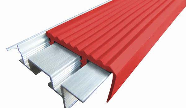 Алюминиевый закладной профиль «Уверенный Шаг» c двумя закладными элементами